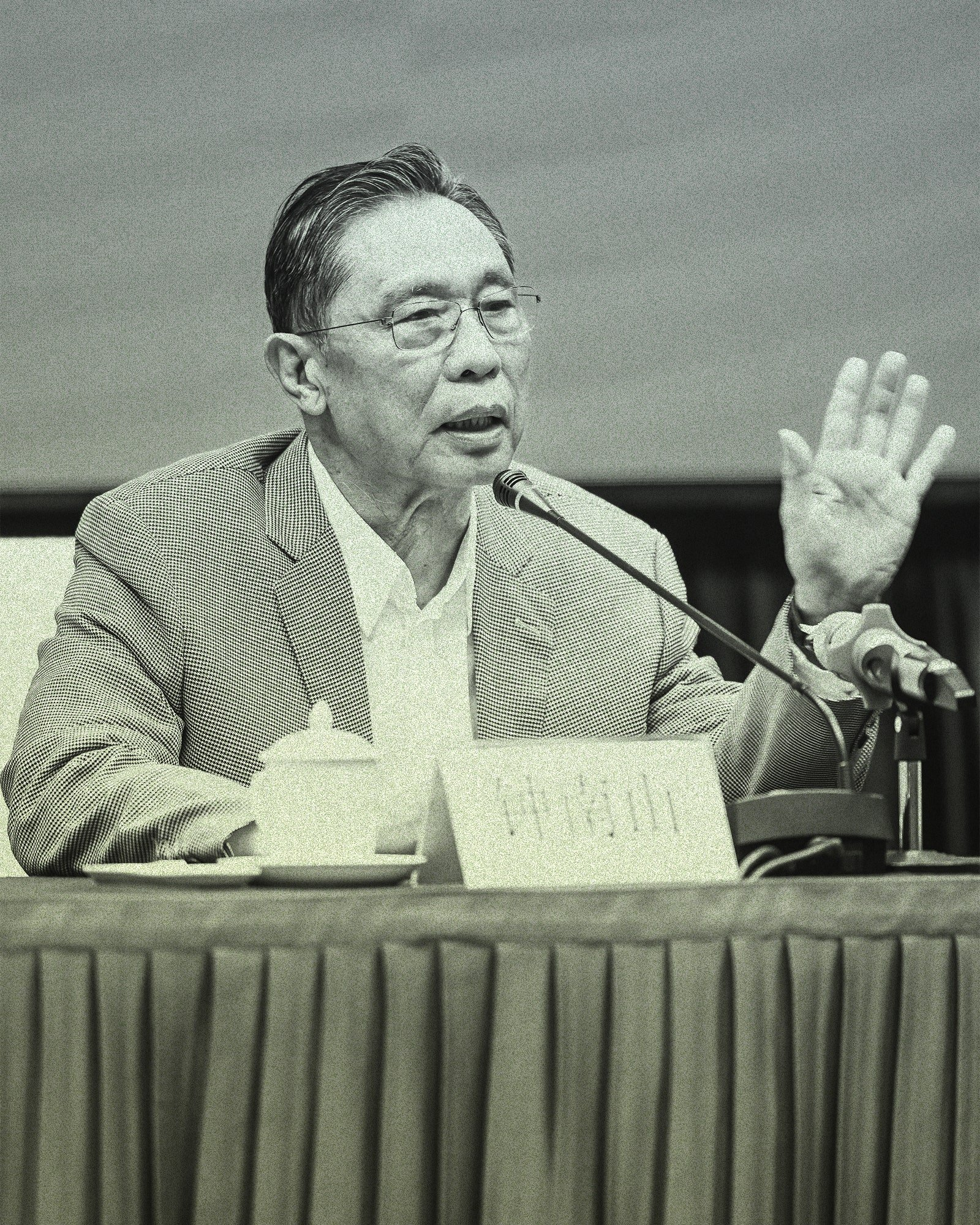 In 2012, the prominent pulmonologist Zhong Nanshan consulted on a case of miners who fell ill after digging bat feces out of a cave in Mojiang county. Their symptoms of cough, fever, and labored breathing recalled the 2002 SARS outbreak but also foreshadowed the COVID-19 pandemic.From TPG/Getty Images.