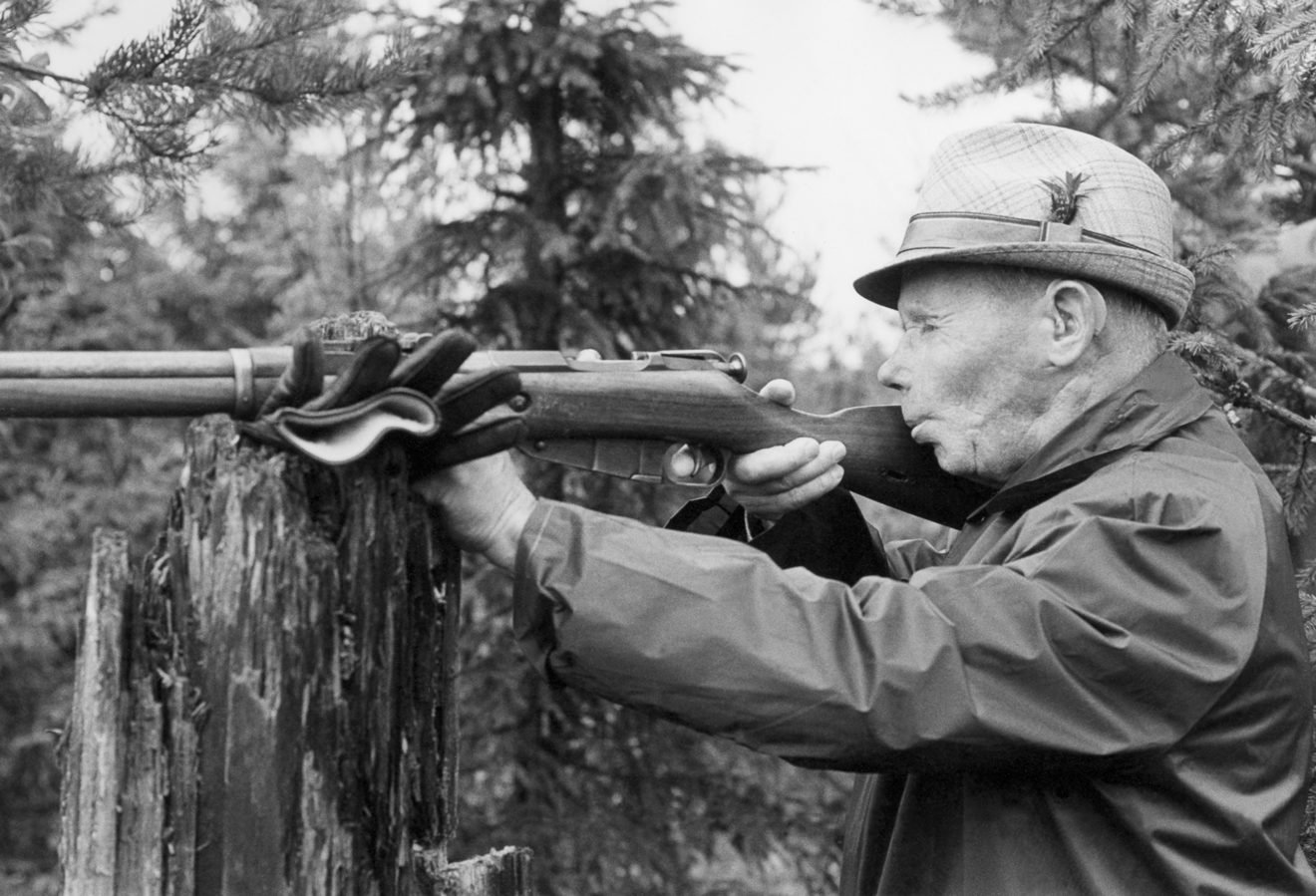 Häyhä shooting at the Simo Häyhä Sniper Competition in Sotinpuro, Finland, 1978.