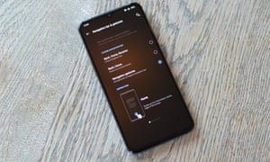 Oxygen OS is one of the most polished and well-optimised versions of Android available, with plenty of customisation options including a choice of navigation system. Photograph: Samuel Gibbs/The Guardian