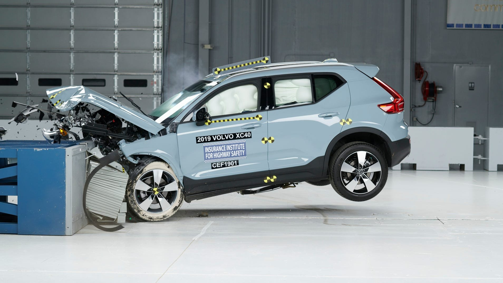 """The 2019 Volvo XC40 in the moderate overlap frontal test, which the IIHS rated it as """"Good"""" for."""