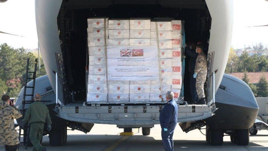 Türkiye'den İngiltere'ye gönderilen yardımlar böyle görüntülenmişti.
