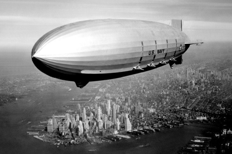 The USS Macon flies above New York in 1933.