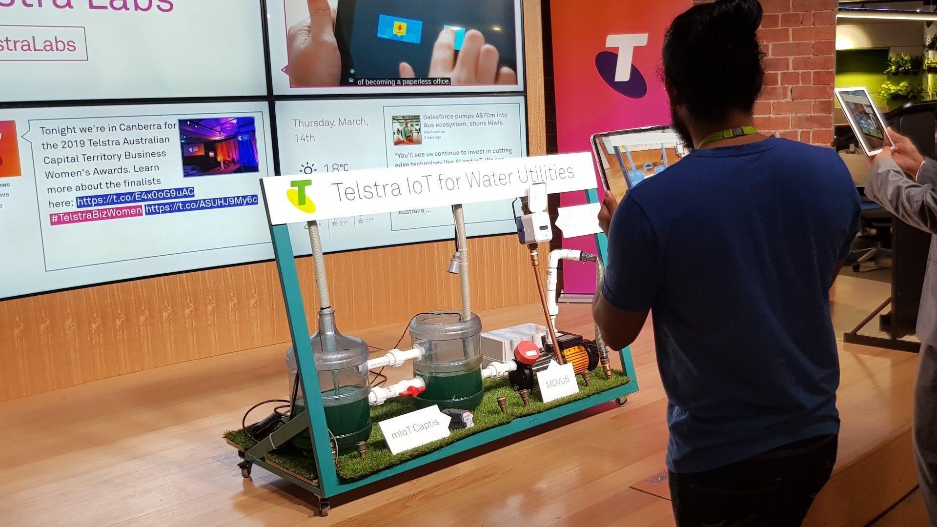 Demoing visAR at Telstra Labs