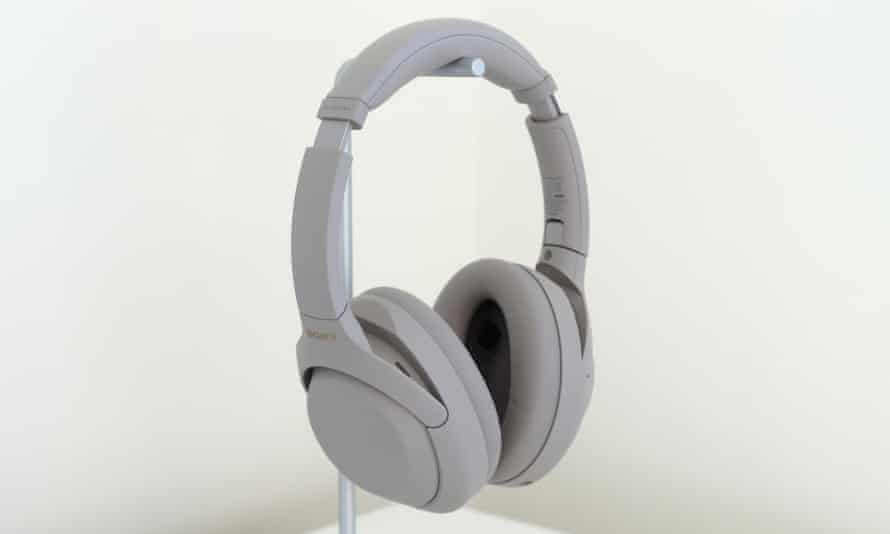 Fourth iteration of Sony's top noise-cancelling headphones are the best yet, offering a hard-to-beat combination of sound, comfort and features. Photograph: Samuel Gibbs/The Guardian