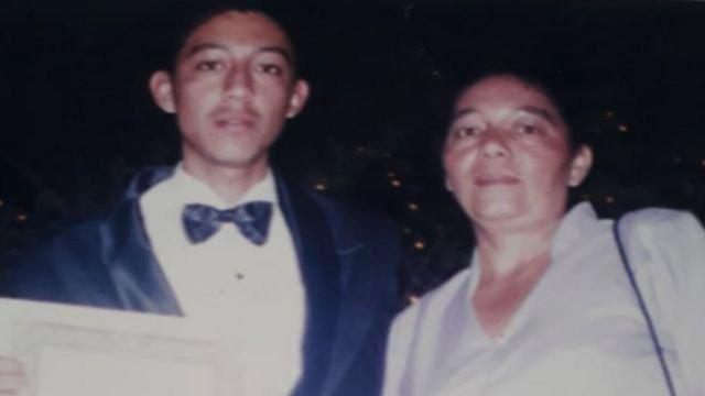 Pie de foto, Bertila Parada escribió una carta a su hijo Carlos Osorio, una de las casi 200 personas encontradas en las fosas de San Fernando en 2011.