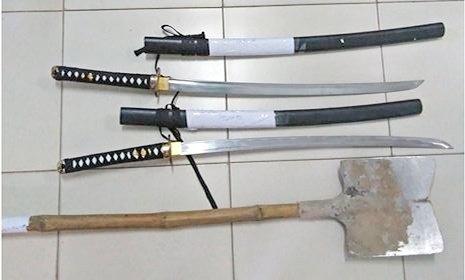 Đà Nẵng: Mâu thuẫn trên Facebook, 2 nhóm thanh niên mang kiếm, xẻng hỗn chiến
