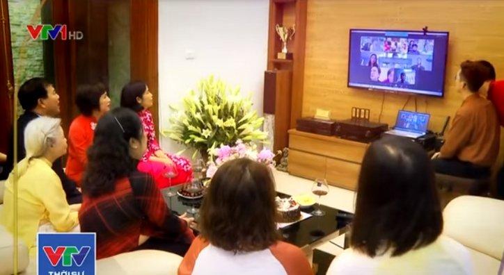 Tin tức đời sống mới nhất ngày 19/5/2020: Cặp đôi Việt cưới ở Mỹ, họ hàng hai bên chứng kiến qua tivi
