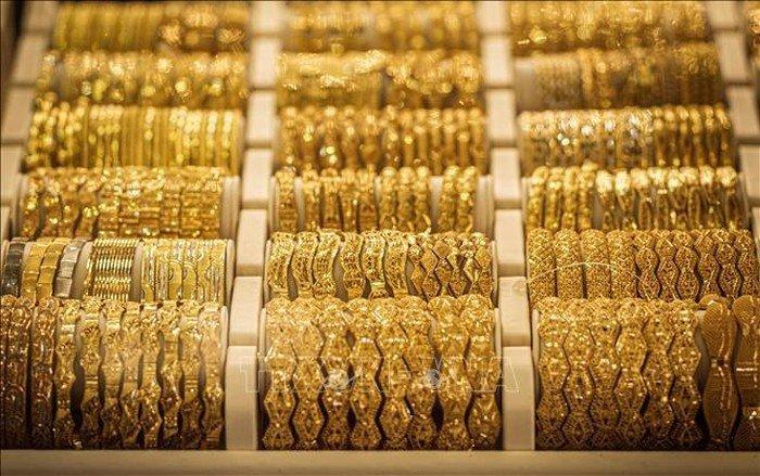 Giá vàng hôm nay 23/5/2020: Giá vàng SJC sát mốc 49 triệu đồng/lượng