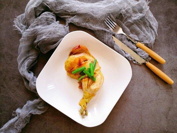 Dùng nồi cơm điện làm món gà nướng mới toanh lại vừa nhàn, vừa ngon
