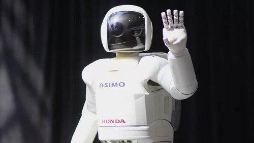 """2 robot huyền thoại được xem là cách mạng công nghệ, từng làm """"điên đảo"""" thế giới một thời"""