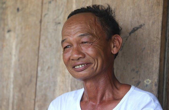 Người đàn ông 15 năm sống giữa lòng hồ thủy điện giúp kiểm lâm giữ rừng