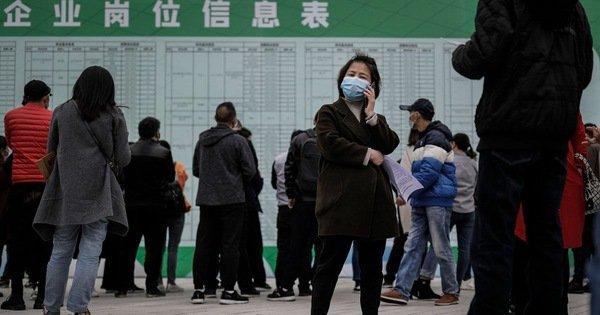 Số người thất nghiệp khó đo đếm: 'Thiên nga đen' của Trung Quốc