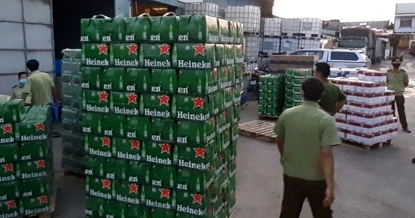 Phát hiện kho hàng chứa bia và sữa ngoại nhập không hóa đơn chứng từ