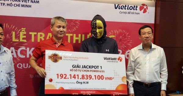 Người trúng Vietlott 192 tỉ vẫn muốn đi làm