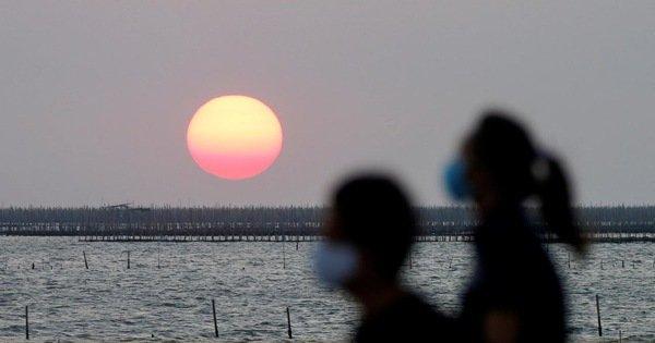 Phát hiện mới: ánh nắng có thể vô hiệu hóa virus corona trong 6-14 phút