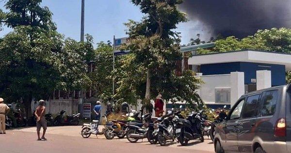 Lại cháy lớn ở Công ty may Sài Gòn Max, hơn 300m2 nhà máy bị thiêu rụi