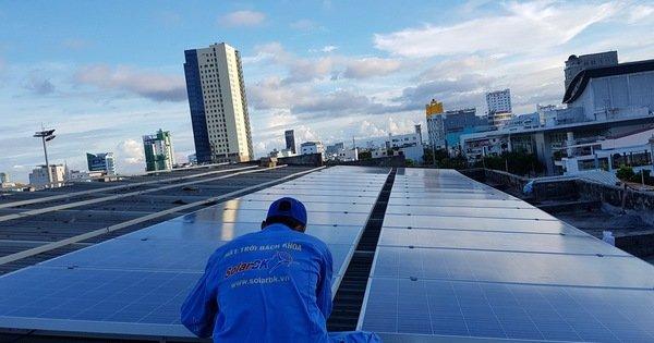 Lắp điện mặt trời có cần 'giấy phép con'?