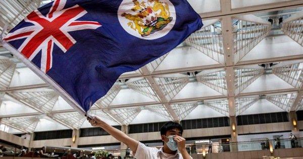 Trung Quốc nói 'Anh không có quyền gì ở Hong Kong'