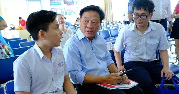 Nối dài vòng tay tiếp sức cho học sinh, sinh viên miền Trung