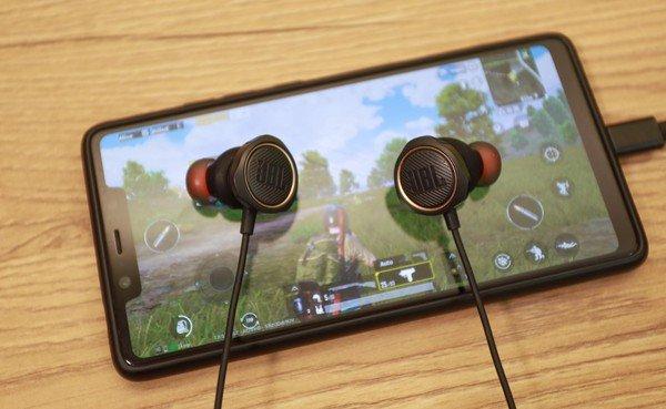 Trải nghiệm JBL Quantum 50 - Tai nghe gaming in-ear siêu ngầu đảm bảo ai nhìn cũng mê