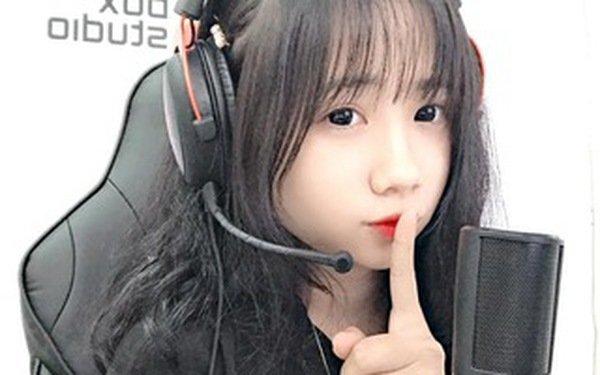Linh San - cô nàng BLV xinh đẹp, ẩn số vàng tại giải đấu Best Caster VN