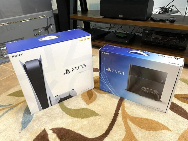 Game thủ đen đủi bị bạn gái bắt chọn lựa giữa người yêu và PS5