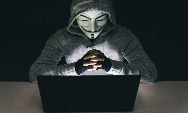 Hacker tấn công tựa game nói về thế giới Hacker