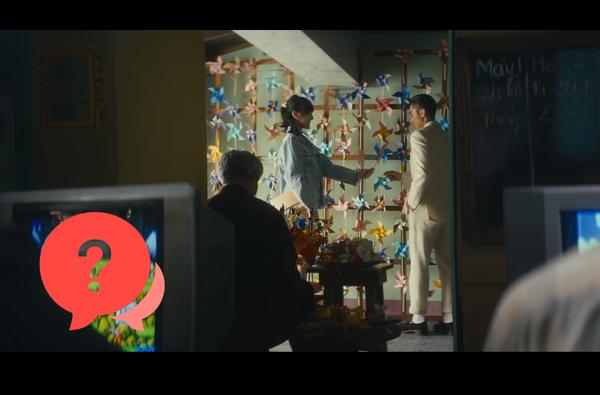 """Cộng đồng bất ngờ phát hiện ra tựa game huyền thoại xuất hiện trong MV triệu views của """"Sếp Tùng"""""""