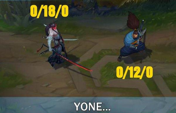 """Yone gọi Yasuo là """"thằng ngu"""" trong Đấu Trường Công Lý và sự thật về chiếc mặt nạ bị nguyền rủa"""