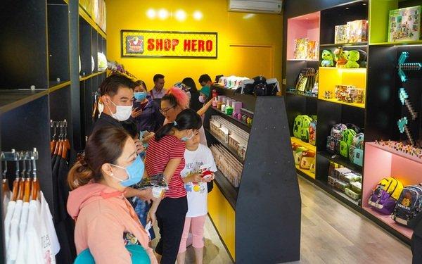 Khai trương Shop Hero dịp đầu năm mới, biệt đội Hero Team thật biết cách chiều lòng fan