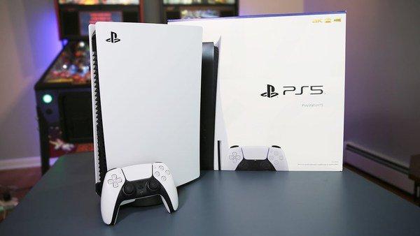 """""""Có điên"""" mới mua PC chỉ để chơi game vào lúc này, người thông minh sẽ chọn PS5"""