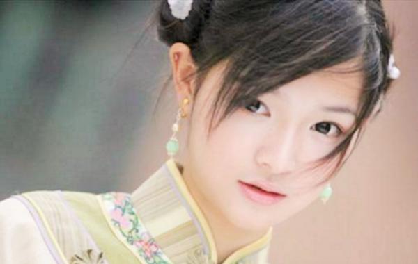"""4 nhân vật được mệnh danh là """"vợ quốc dân"""" trong truyện Kim Dung: Không có Tiểu Long Nữ"""