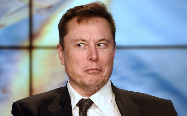 Elon Musk tặng 500.000 USD cho câu lạc bộ Hacker