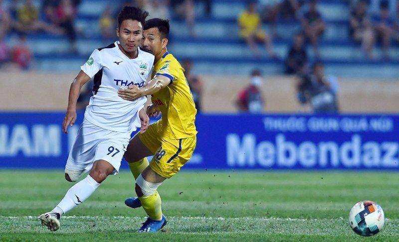 Nam Định 1-0 HAGL (hiệp 1): Rafaelson mở tỷ số