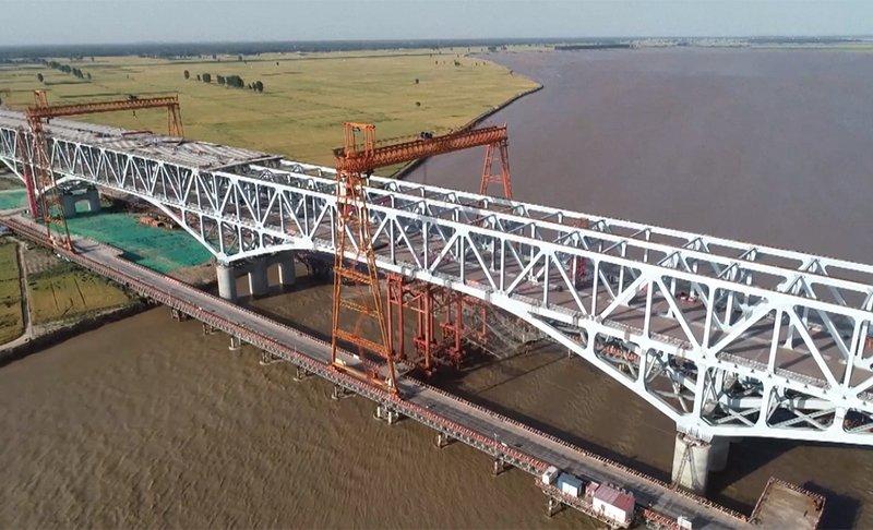 Trung Quốc xây cầu tỷ đô vượt sông Hoàng Hà