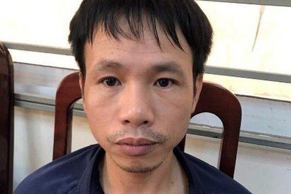 4 năm tù cho CĐV Nam Định bắn pháo sáng trên sân Hàng Đẫy