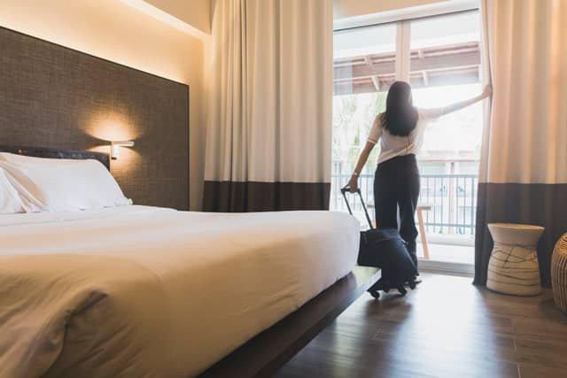 Đây là lý do khiến bạn chỉ được nhận phòng khách sạn sau 14h