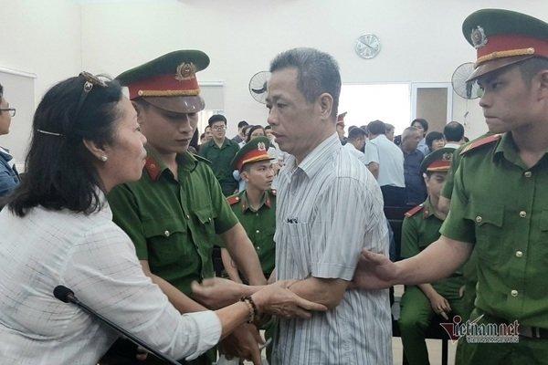 Cựu bí thư thị xã Bến Cát bị đề nghị hơn 10 năm tù, tiếp tục kêu oan