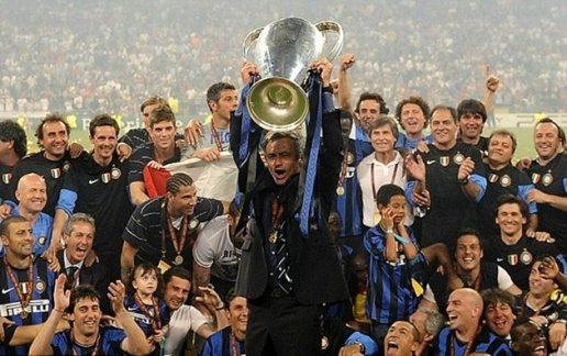 """Ngày này năm xưa 22/5: Mourinho hoàn tất cú """"ăn 3"""" cùng Inter"""