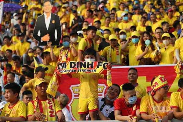 Kết quả Nam Định 2-0 HAGL: Cả thế giới ngưỡng mộ