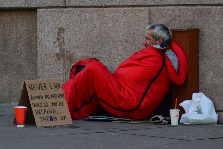 american-dream-homeless-man-780x519.jpg