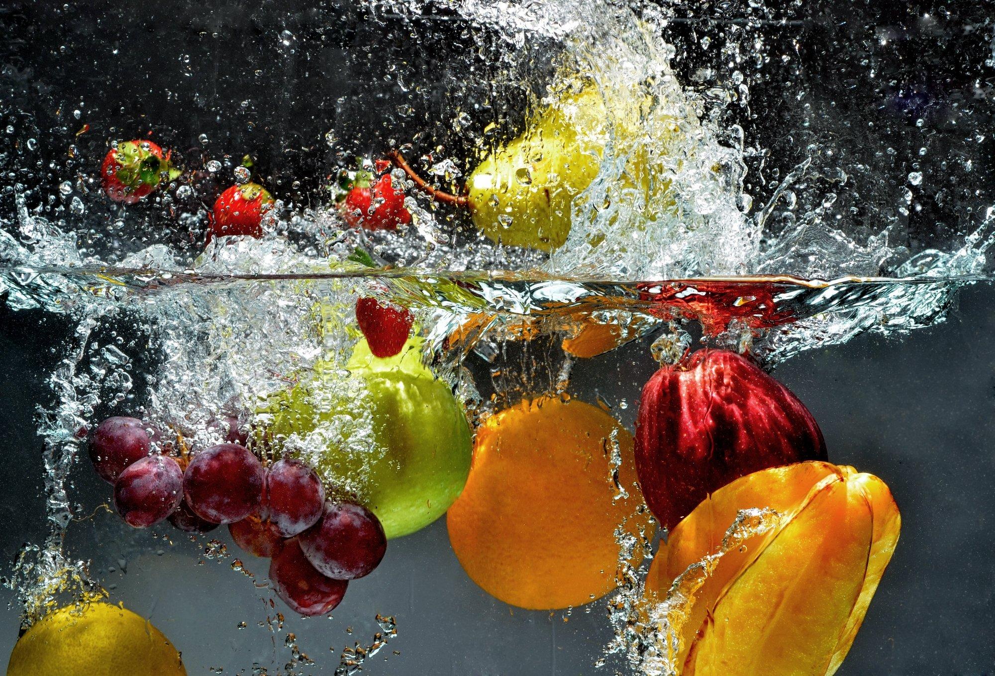 fruit_in_water.jpg